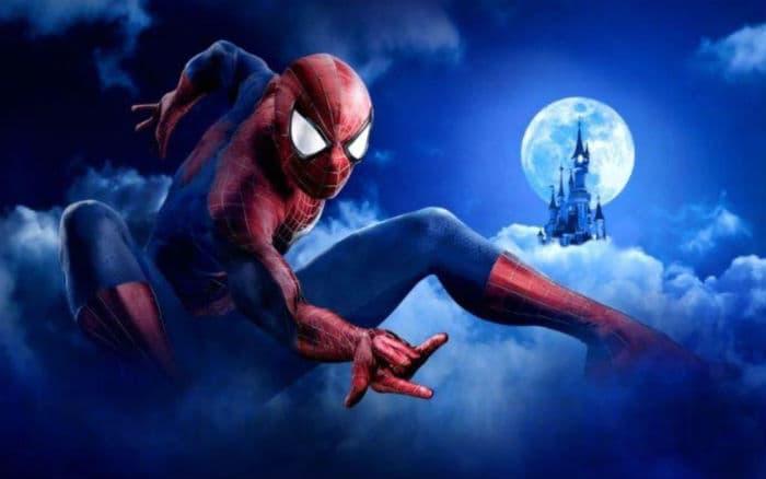 Superhéroes de Marvel en Disneyland París