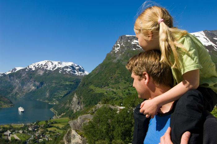 Fly & Drive de 7 días en los fiordos noruegos