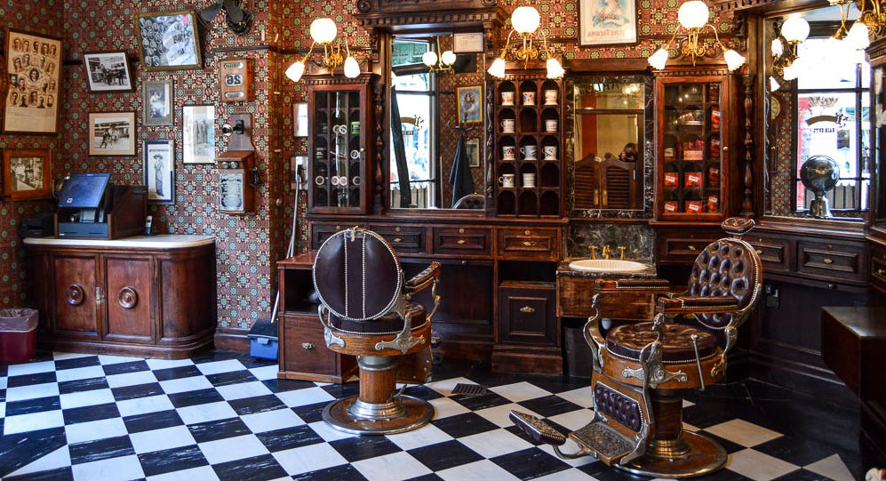 Dapper Dan's Hair Cuts Disneyland Paris