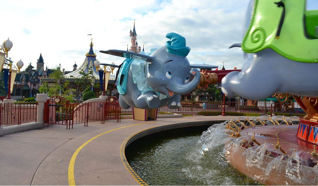Dumbo the Flying Elephant Dumbo el Elefante Volador disneyland paris