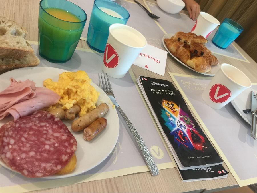 hotel barato eurodisney con desayuno