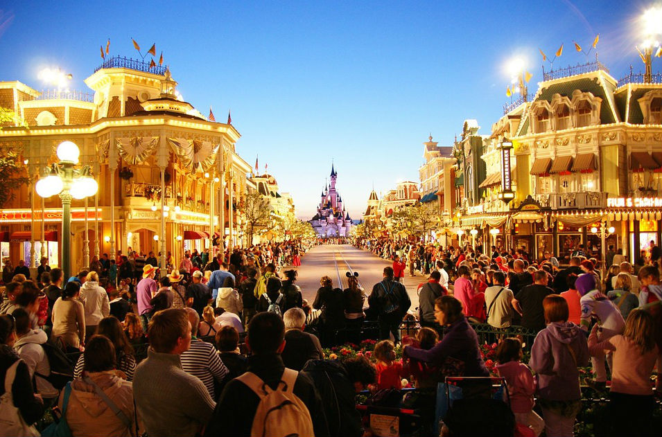 main street usa disneyland paris